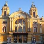 Teatrul Naţional Cluj a introdus intrarea pe bază de abonamente