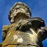 Statuia lui Donat străjuieşte şi acum Clujul