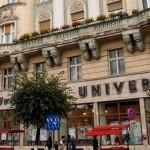 O chirie de 17.000 de euro dă lovitura de graţie Librăriei Universităţii!