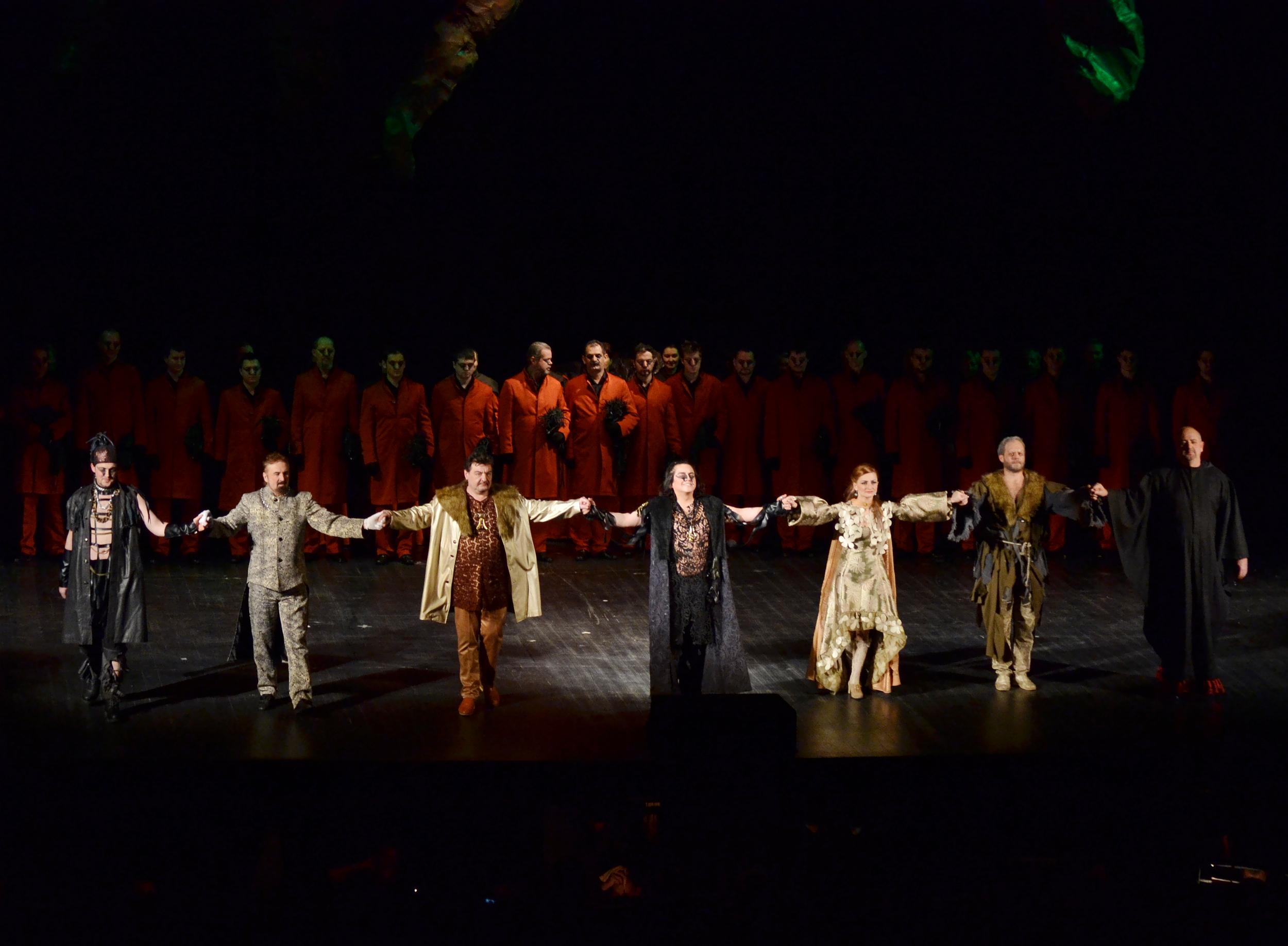 Săli arhipline la Budapesta la trilogia Verdi de Opera Maghiară din Cluj