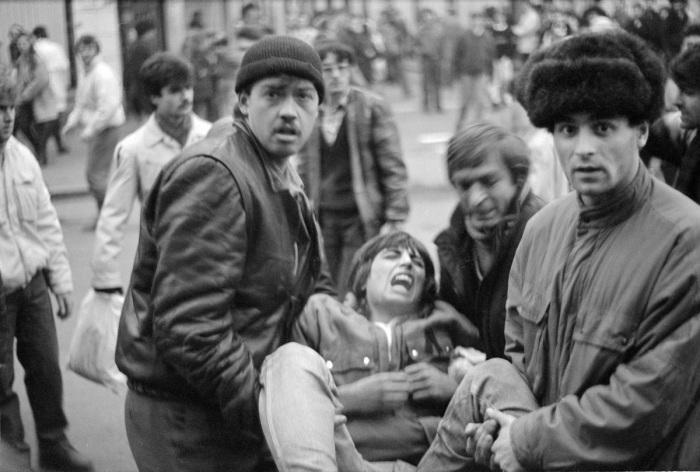 FOTO! Noi fotografii inedite cu Revoluţia din 21 şi 22 decembrie 1989 de la Cluj