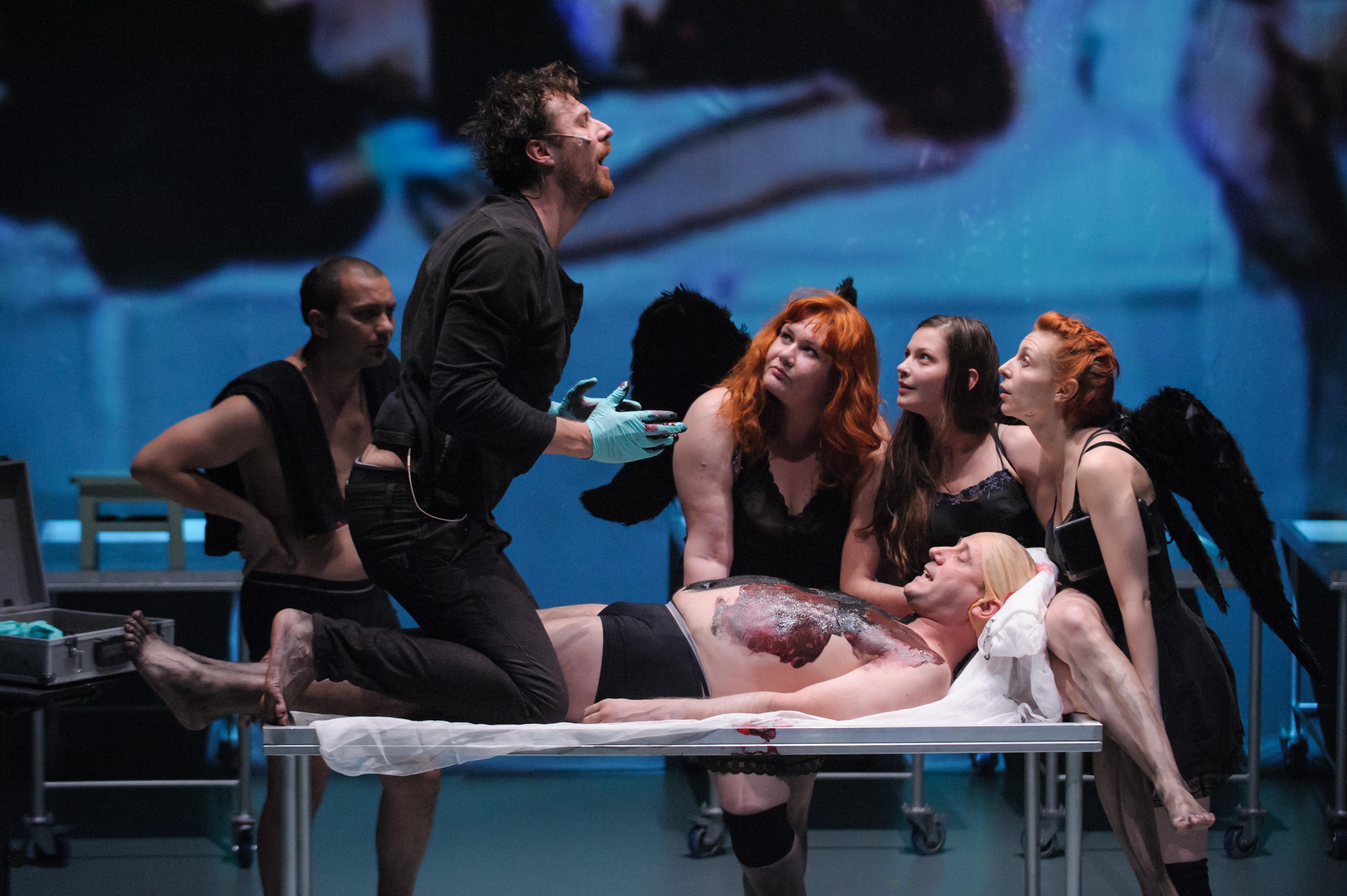 Începe STAGIUNEA la Teatrul Maghiar! Dabija revine după 30 de ani cu un spectacol