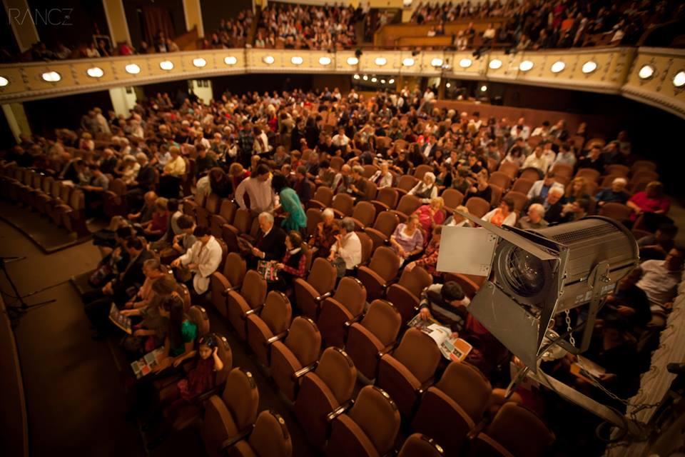 """""""Iulius Caesar"""" şi """"America"""", printre premierele noii stagiuni a Teatrului Maghiar"""