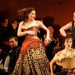 """OPERA APERTA. """"La Traviata"""" și """"Zorba"""", spectacole gratuite în aer liber ale Operei Române Cluj"""
