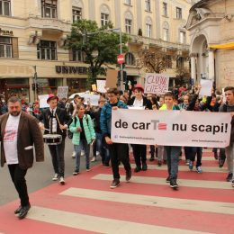 Marșul Lecturii inaugurează Festivalul Internațional de Carte Transilvania