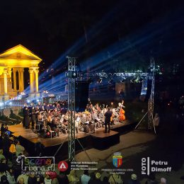 Concert de operă și tururi ghidate prin cimitir, de Luminație