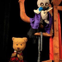 """Povești îndrăgite de cei mici, pe scena Teatrului """"Puck"""""""