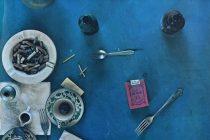 """""""Partea din spate a Păsării Paradisului. Mănâncă arta!"""", expoziție atractivă de Daniel Spoerri"""