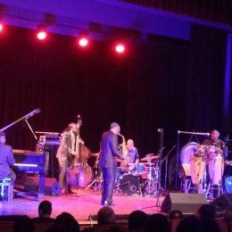 Muzicianul american de jazz Kenny Garrett a ridicat publicul în picioare într-un concert de neuitat