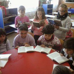 """Salonul de carte """"Ce le citim copiilor"""" – ediția de primăvară, primul salon de carte pentru copii din România"""