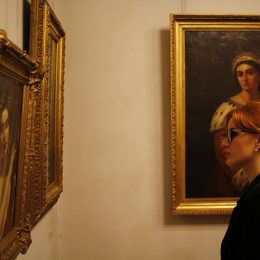 FOTO Public numeros la Noaptea Muzeelor