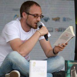 Poetul clujean Gabi Bota: 5000 de kilometri pe bicicletă pentru promovarea lecturii și a Festivalului Internațional de Carte Transilvania