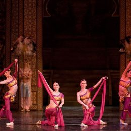 """""""Baiadera"""", unul din cele mai atractive spectacole ale Operei Maghiare"""