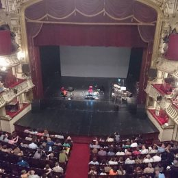 Concert minunat al lui Al di Meola dar facem ceva cu sala Teatrului/Operei Române Cluj?