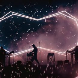 """I-am dat papucii lui Zedd  la Electric Castle în fața la 32.000 de festivalieri """"electrici"""""""