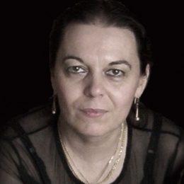 """Romanul""""Adio, Margot"""", al scriitoarei clujene Diana Adamek, lansare la Book Corner"""