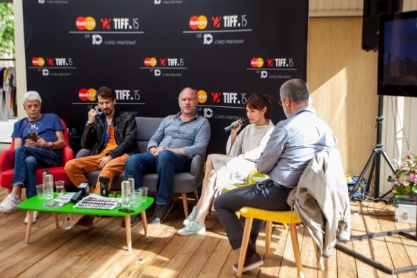 De la stânga la dreapta: Gheorghe Visu, Bogdan Mirică, Vlad Ivanov, Raluca Aprodu și Mihnea Măruță.