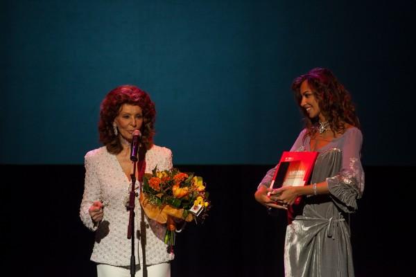 Sophia Loren a primit premiul pentru întreaga activitate.